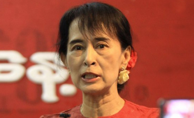 Suu Kyi's new govt faces first test at Myanmar polls