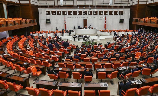 First Turkish lawmakers called before prosecutor