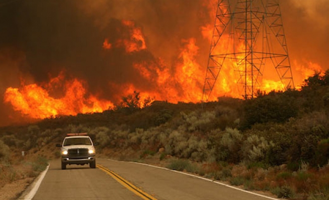 Two dead as wildfire sweeps across Northern California