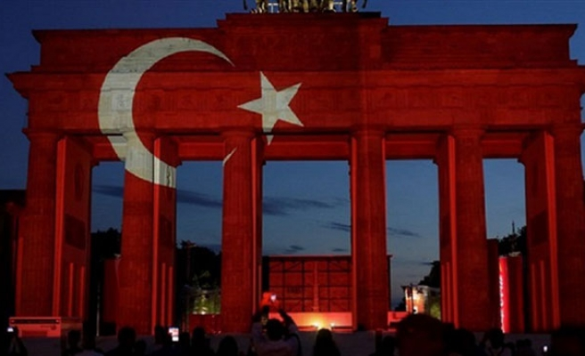 World displays Turkish flag colors in solidarity