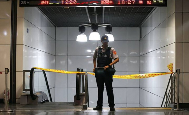 Explosion on commuter train injures 24 in Taiwan