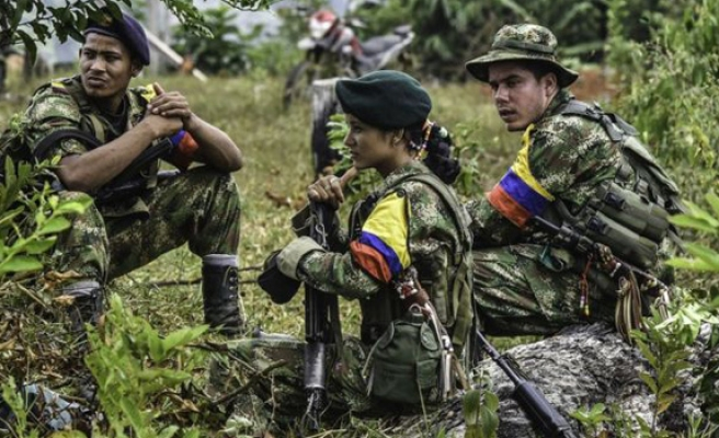 FARC hands over second batch of weapons in Colombia