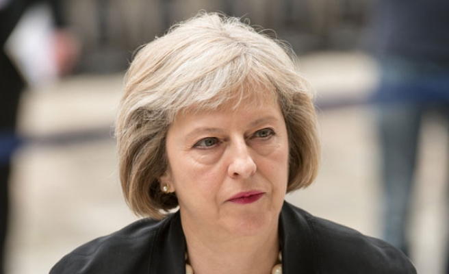 British PM faces backlash for bypassing MPs on Syria