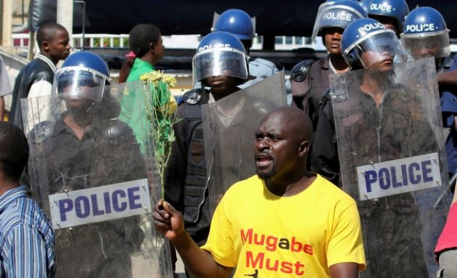 Zimbabwe activists 'abducted' as planned protest fails