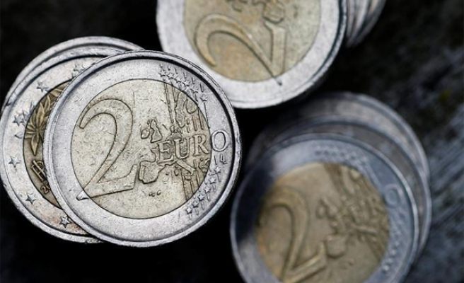 Bank of France urges end to euro reform 'trench warfare'