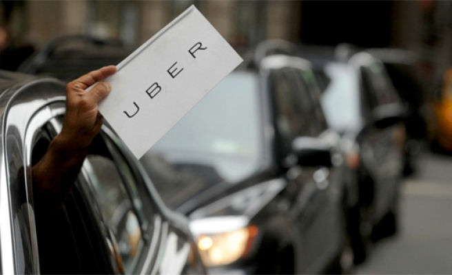 Turkish taxi drivers protest Uber ahead of hearing