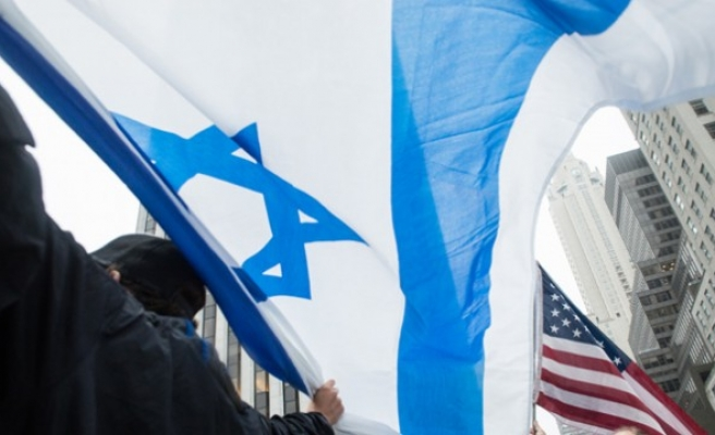 Jews deliver message of condemnation to Israel