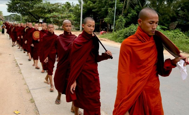 Myanmar: Punk band says sorry for insulting religion