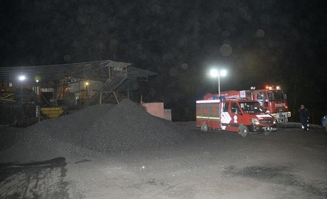 Six killed in Ghana gold mining site collapse