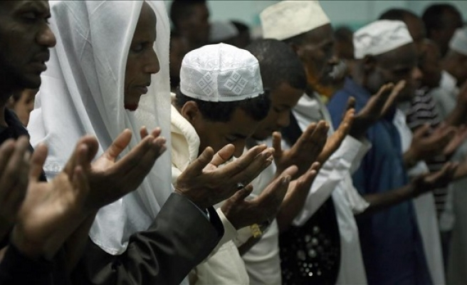 Muslims in drought-hit parts of Ethiopia pray for rains