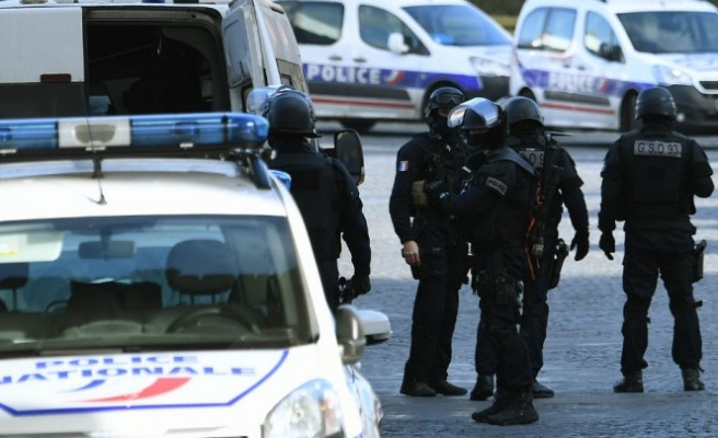 Car plows into soldiers in southeastern France