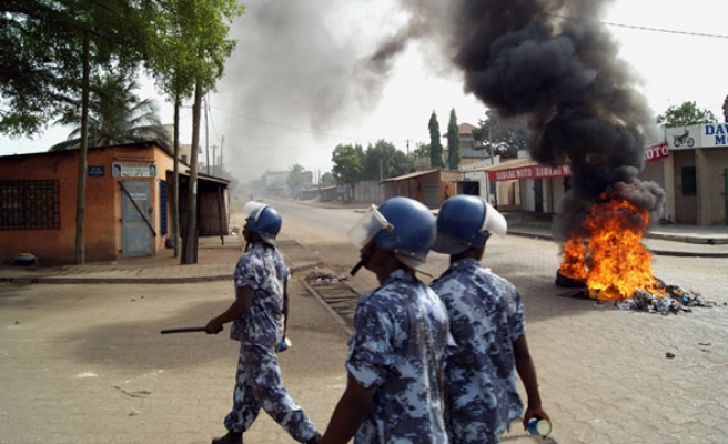 Rival protesters rally in Togo's capital