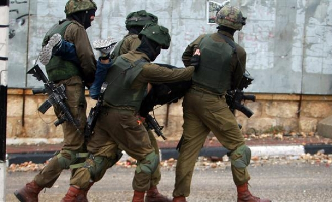 19 Palestinians arrested in West Bank raids