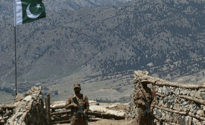 Pakistan reopens key trade route with Afghanistan