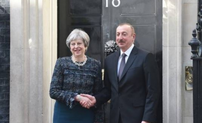 UK, Azerbaijan leaders meet in London