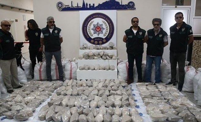 Over 400 kilograms of heroin seized in eastern Turkey