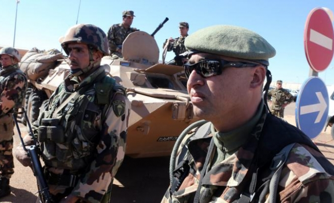 Algerian army to remain removed from politics