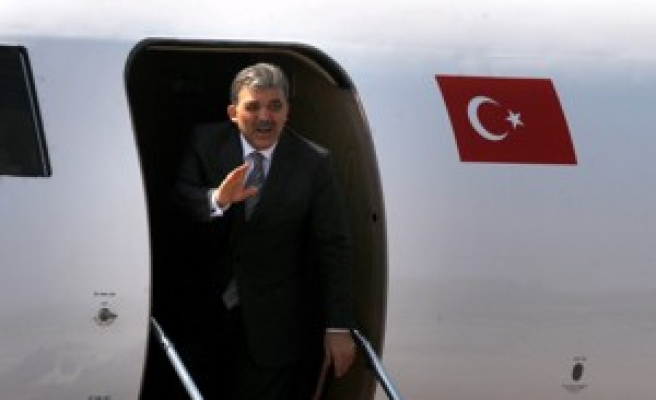 Gül regrets Macedonia not invited to join NATO
