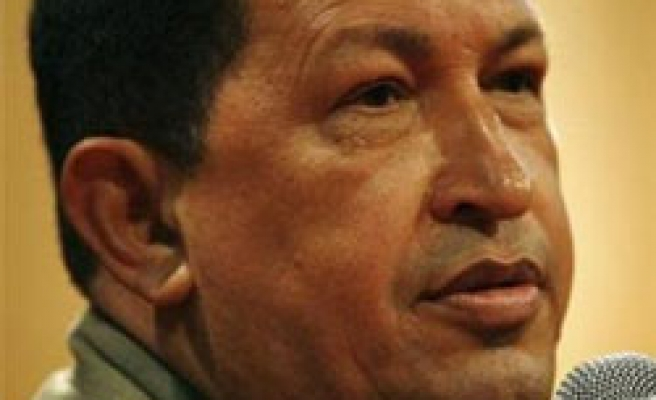Chavez calls on Israel to take hands off Latin America