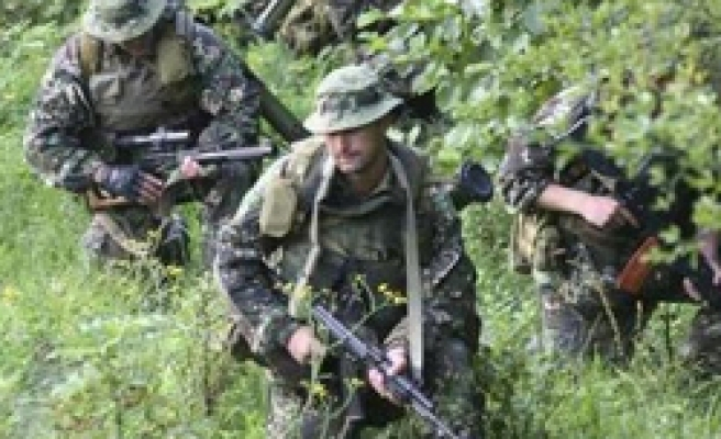 Four Russian police, 3 insurgents killed in Dagestan