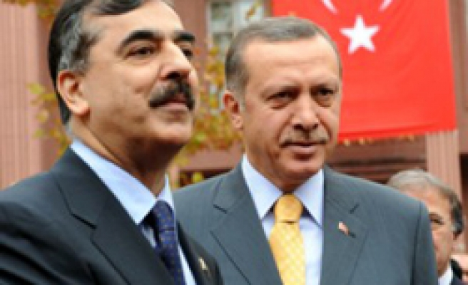 Pakistani PM to join first council meeting in Turkey