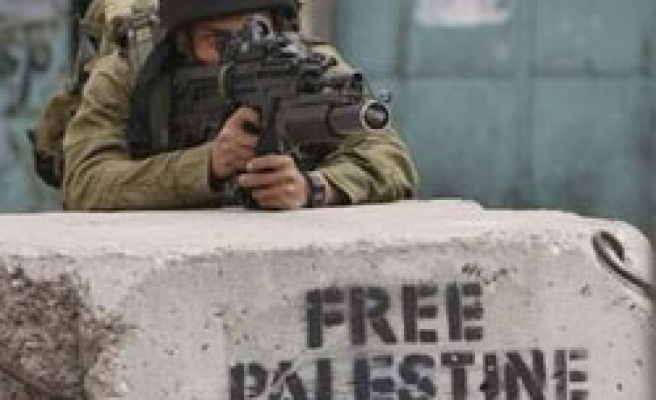 Swedish journalists face Israeli curbs over report
