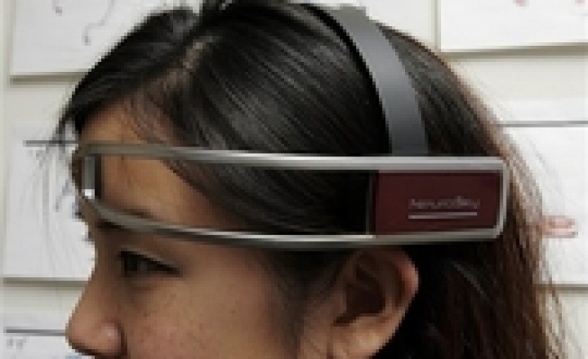 New toys read brain waves