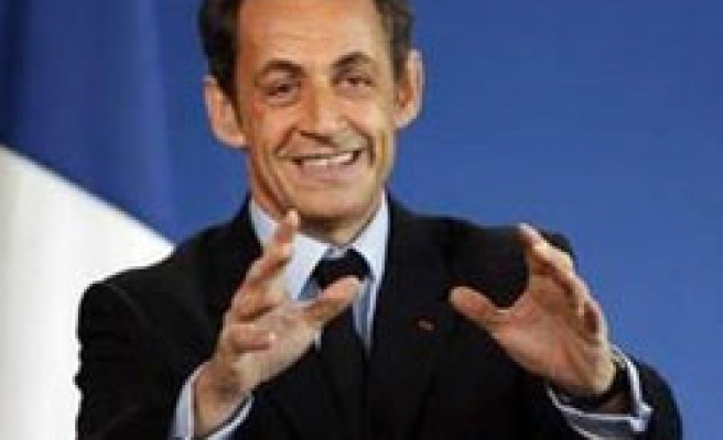 France's Sarkozy says Iran fuel swap deal 'positive step'