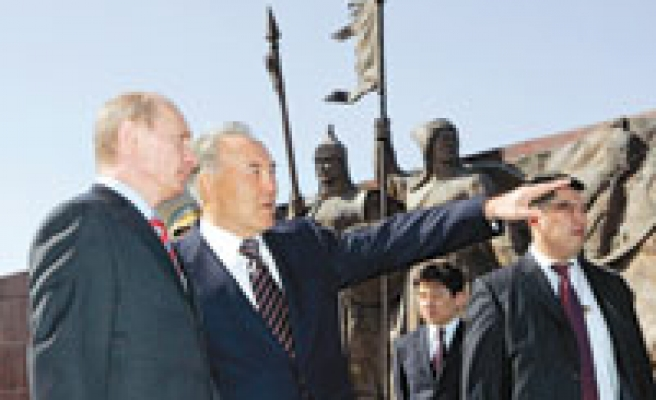 Kazakhs agree with russia to by-pass BTC oil pipeline