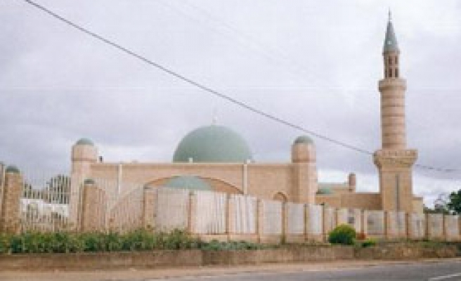 Malawi Mosques Offer Water, Health Care