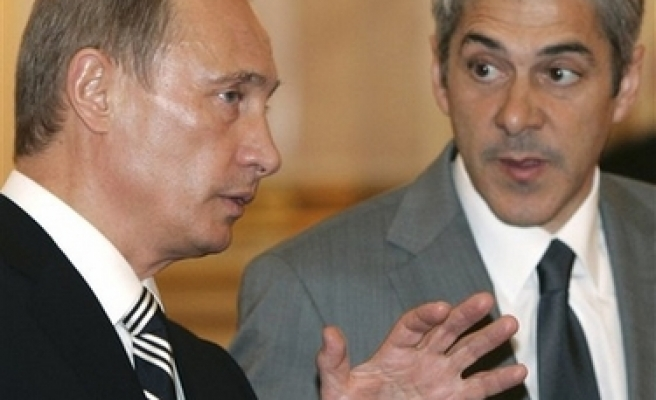 Russia says new ICBM can beat any system