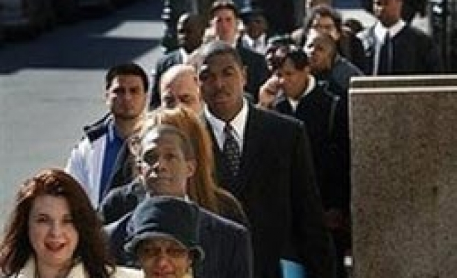 US jobless claims jump, cast a pall over job market