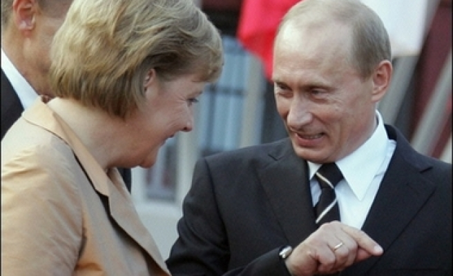 Putin's journey to G8 summit with issue of US missile system