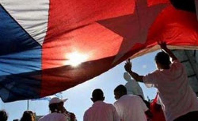 Cuba releases another political prisoner