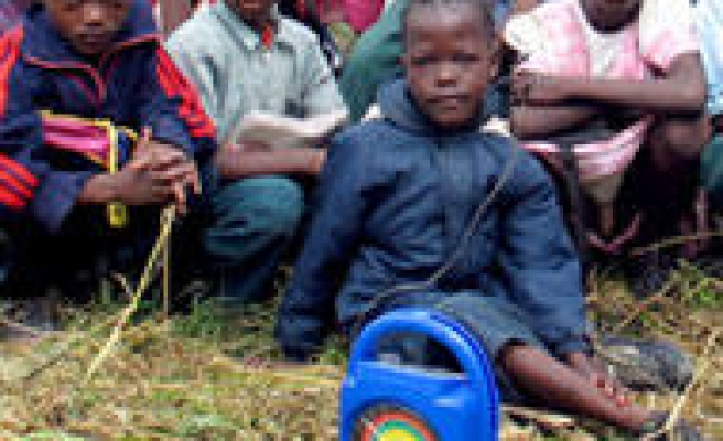 Zambian Children Learn by Radio