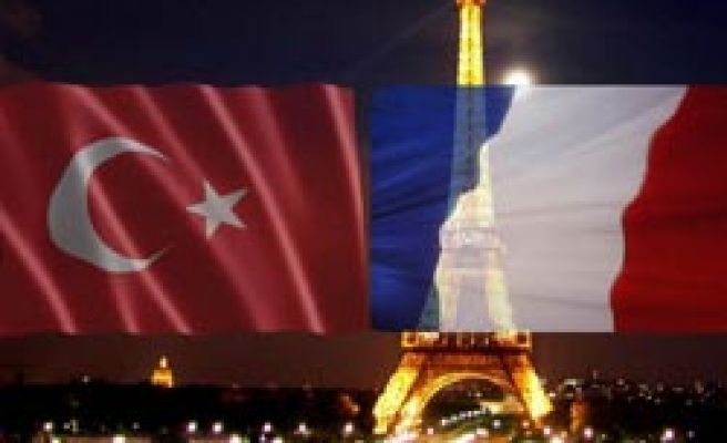 French Senate starts Turkish information on web site