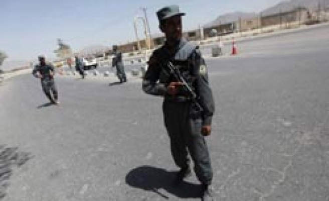 Blast hits foreign troops convoy Afghan major road