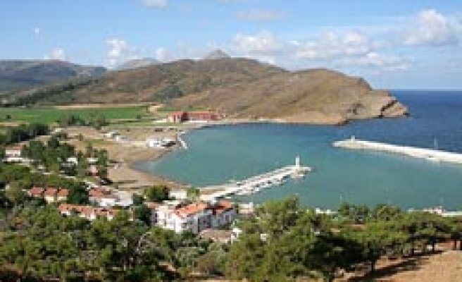 Turkey working for airport in natural site Gokceada