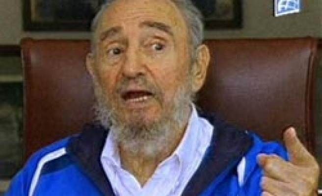 Fidel Castro appears healthy on Cuban TV after one year