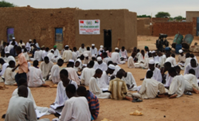 Turkey's IHH conducts series of Ramadan aids in Sudan's Darfur / PHOTO