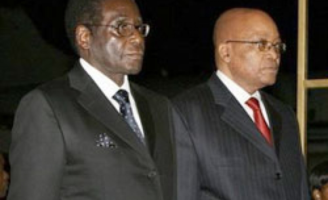 South Africa's Zuma says Zimbabwe can overcome problems