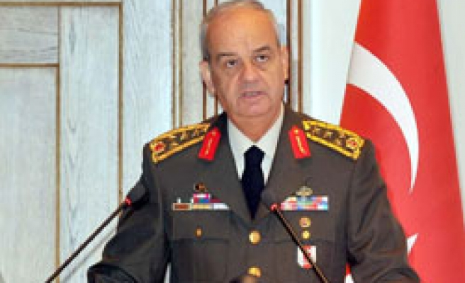Turkish army chief in Egypt for meetings