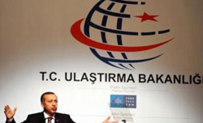 Turkey to build new airports in Istanbul, Erdogan says