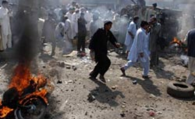 Deadly blast in Pakistan's Peshawar