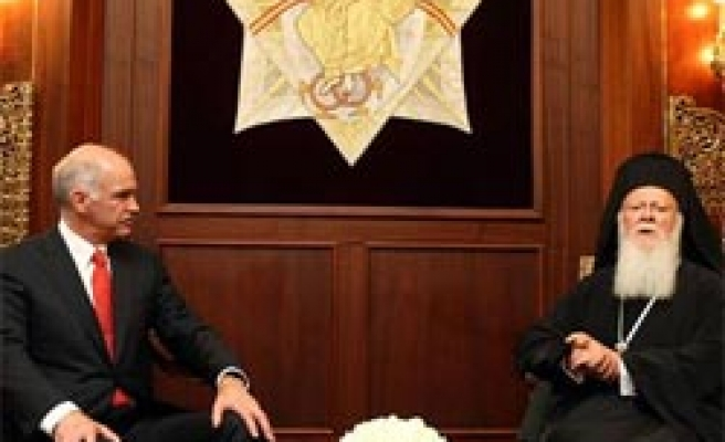 Greek PM in Turkey says Cyprus issue should be resolved