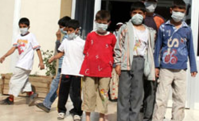 Turkey reports more swine flu cases in Istanbul schools