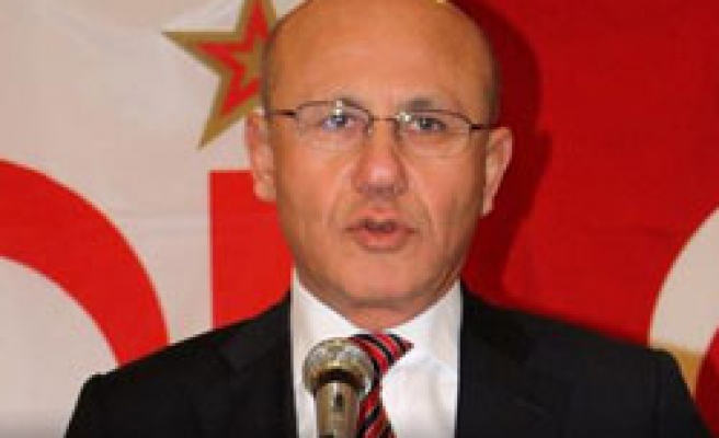 Outgoing president Talat says to keep Cyprus talks efforts