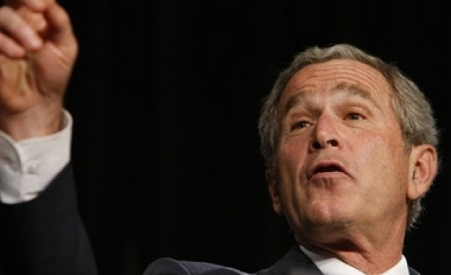 Poll: Bush's approval rating hits new low