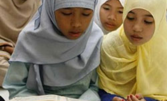Moro Muslims, Philippine 'to hold talks' in Malaysia