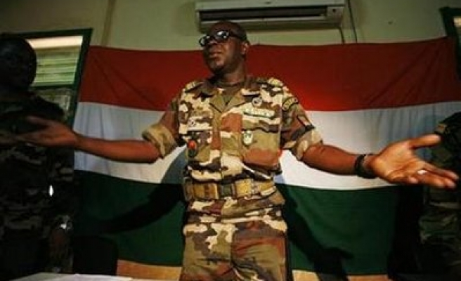 Niger junta should leave within a year--commission